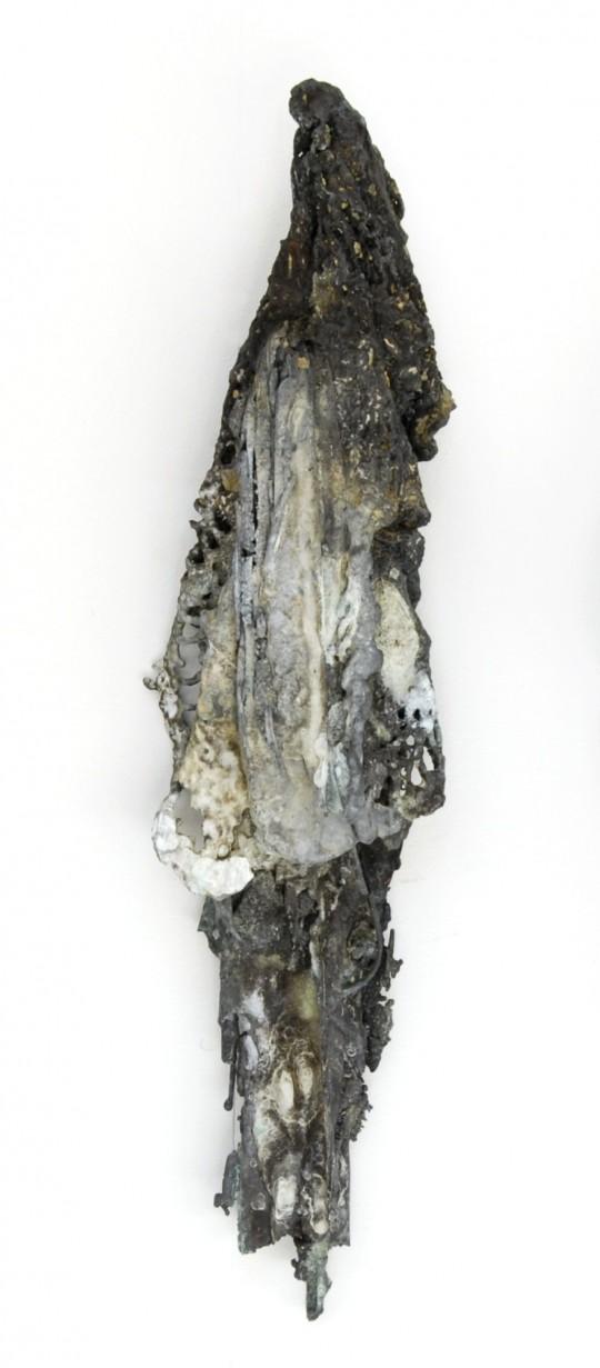 Flutter IV 2008<br />Bronze 34cm (H) x 11cm (W) x 5cm (D) <br />Photographer Di Epoff